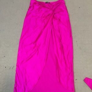 Hot pink skirt with a slit